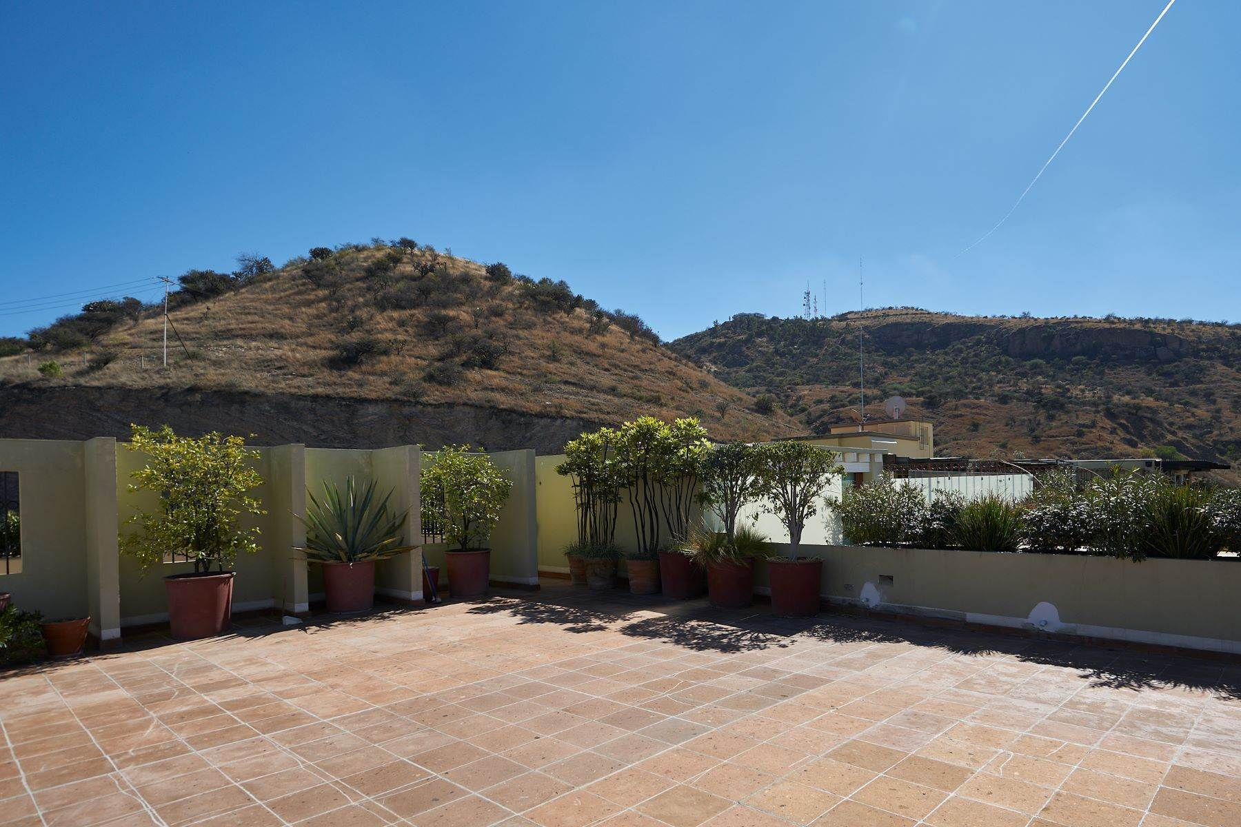 36. Single Family Homes for Sale at Casa Caracol, Luxury Penthouse Caracol San Miguel De Allende, Guanajuato 37769 Mexico