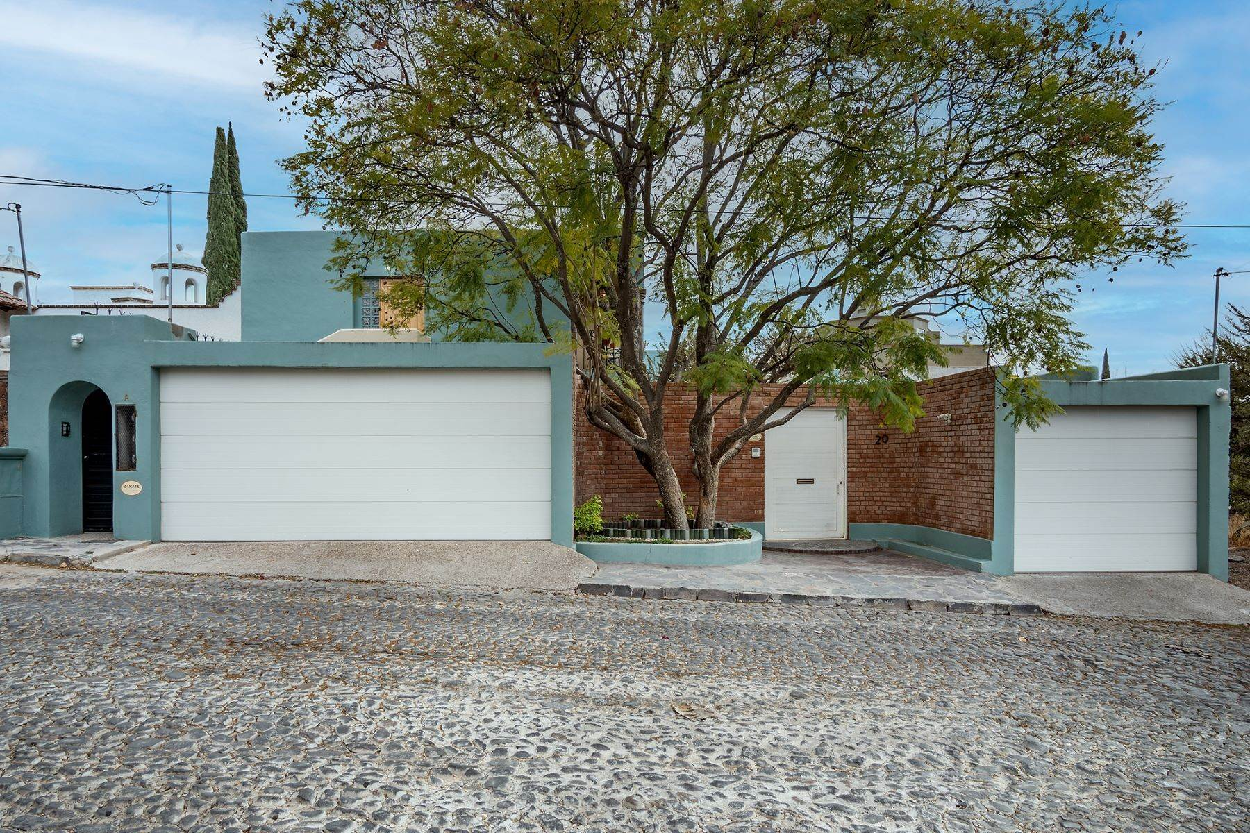 33. Single Family Homes for Sale at Casa Jardin Fray Juan de San Miguel San Miguel De Allende, Guanajuato 37790 Mexico