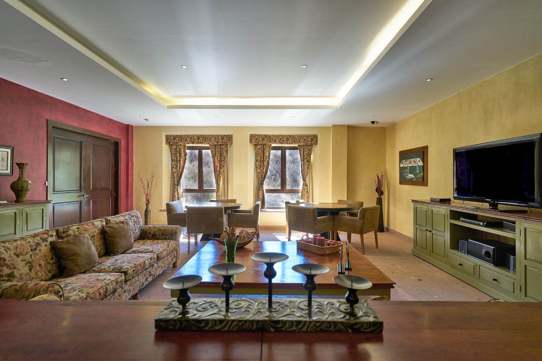 28. Single Family Homes for Sale at Casa Caracol, Luxury Penthouse Caracol San Miguel De Allende, Guanajuato 37769 Mexico