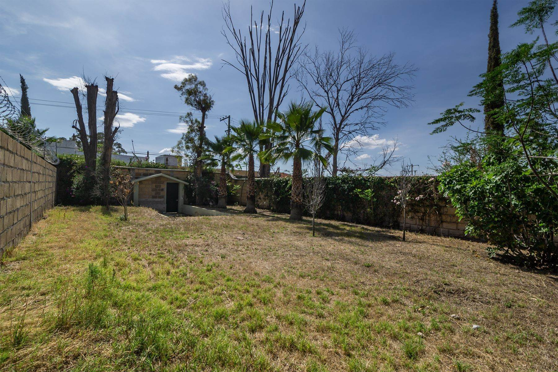 2. Land for Sale at Lote Pocitos Los Frailes, San Miguel De Allende, Guanajuato Mexico