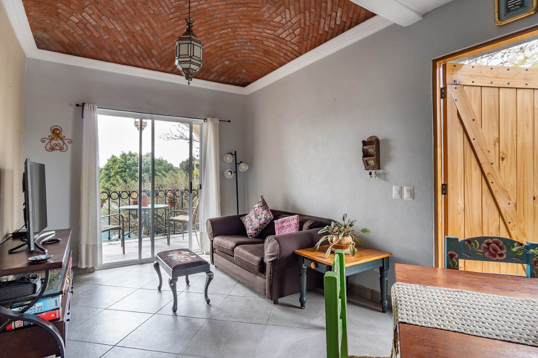 28. Single Family Homes for Sale at Casa Jardin Fray Juan de San Miguel San Miguel De Allende, Guanajuato 37790 Mexico