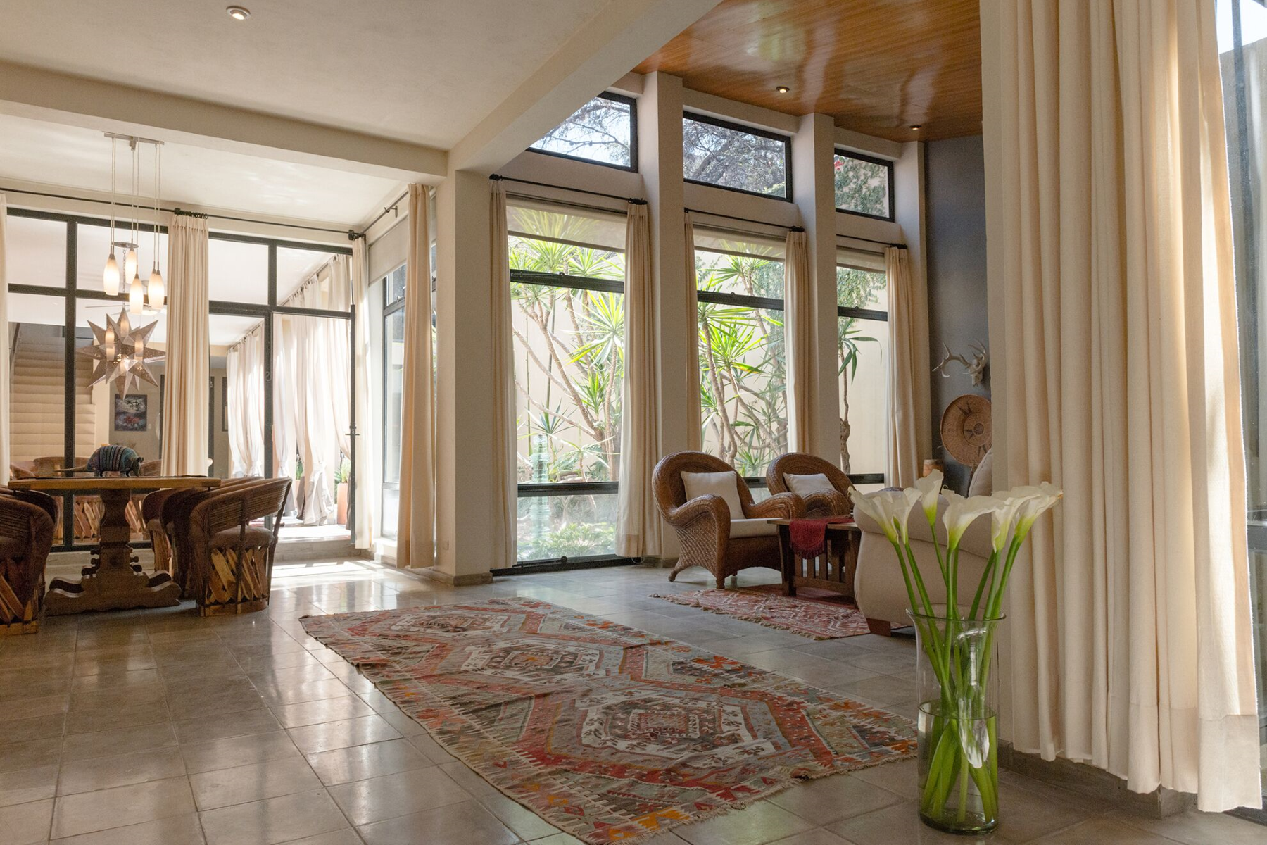 18. Single Family Homes for Sale at Casa de la Luz Calzada de la Luz 66 San Miguel De Allende, Guanajuato 37700 Mexico
