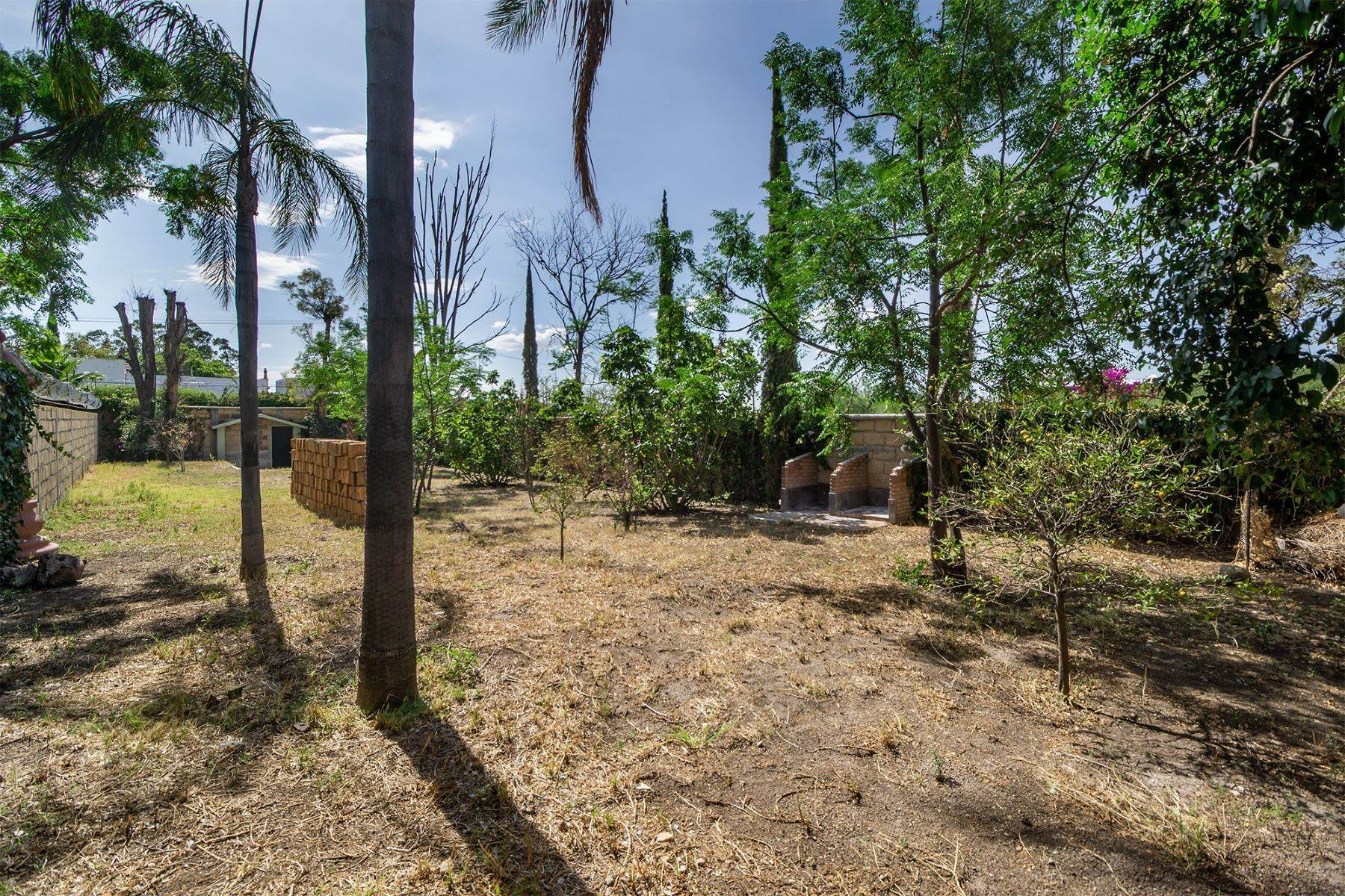 9. Land for Sale at Lote Pocitos Los Frailes, San Miguel De Allende, Guanajuato Mexico
