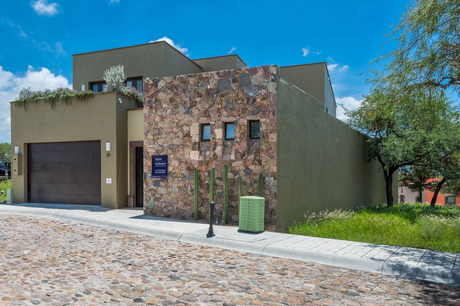 Single Family Homes for Sale at Casa Querencia Bugambilia 10 San Miguel De Allende, Guanajuato 37733 Mexico