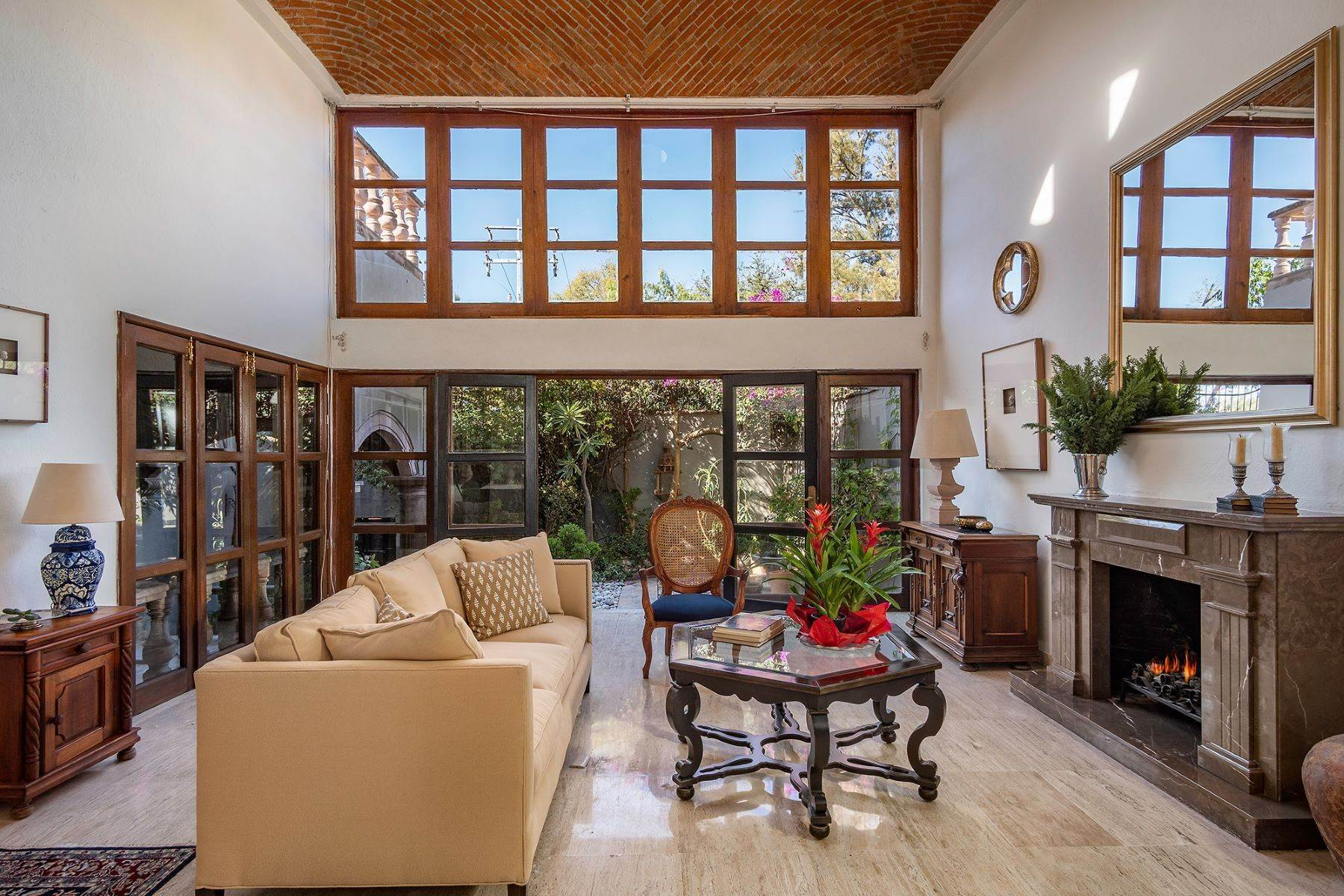 Single Family Homes for Sale at Casa Beneficiencia Beneficiencia 8 San Miguel De Allende, Guanajuato 37700 Mexico