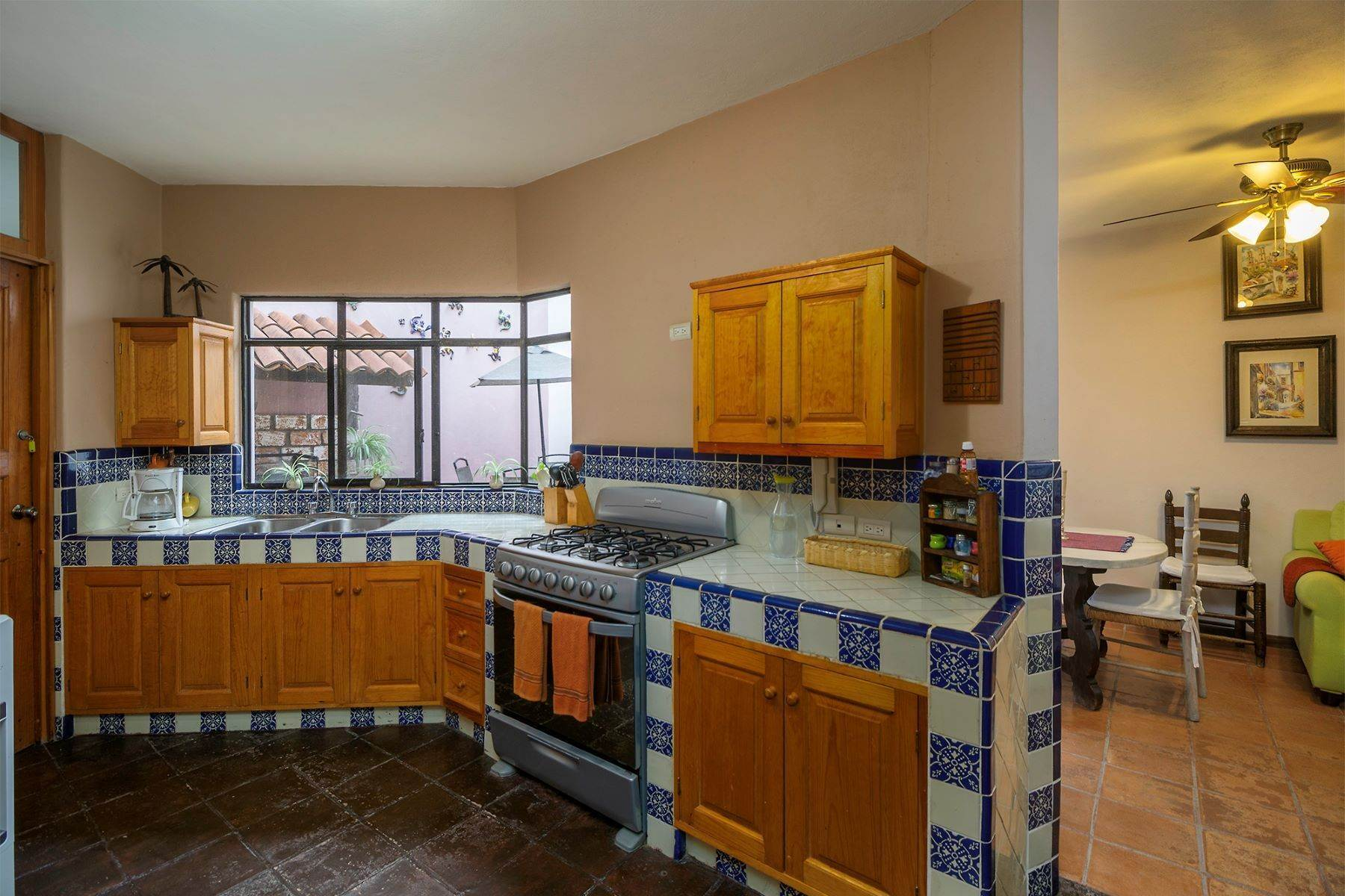 34. Single Family Homes for Sale at Casa Terrazas San Antonio, San Miguel De Allende, Guanajuato Mexico